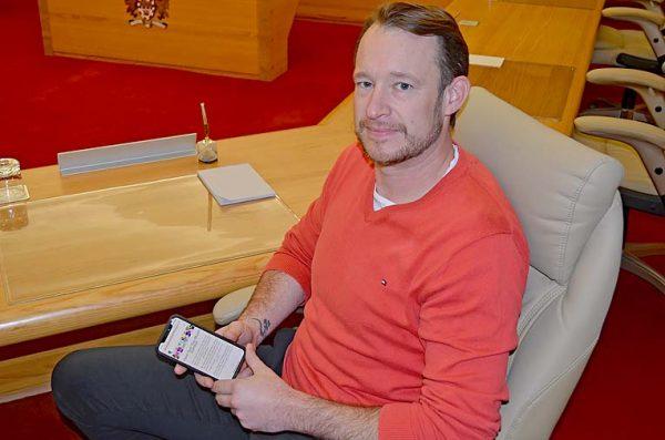 Ben Hood Council Chambers  TBW Newsgroup