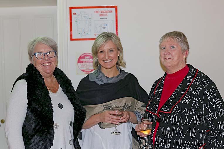 Chanty Fryer, Jane Bond And Karen Simmons  TBW Newsgroup