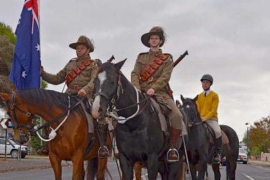 Naracoorte Horsemen March  TBW Newsgroup