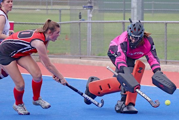Round 2 Div 2 Women Cavaliers Isabelle Ladner And Naracoorte Goaliekeeper Chelsea Meulders TBW Newsgroup