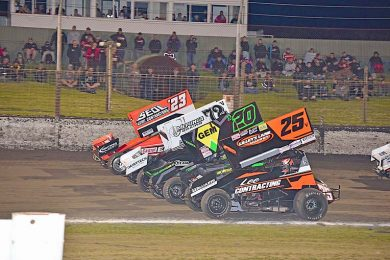 Sprintcars Four Wide  TBW Newsgroup