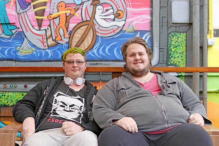 Tyler Cook And Angus Robinson  TBW Newsgroup