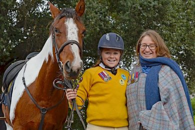 Jane And Annabel Hetherington (2)  TBW Newsgroup