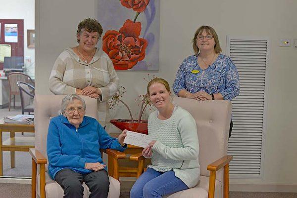Sue Mclaughlin, Cindy Crozier, Dawn White, Tamara Ploenges TBW Newsgroup