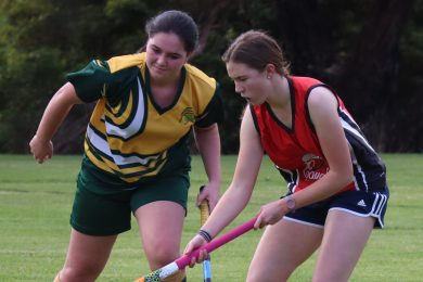 Div 3 Women Cavs Lauren Miller V Portlands Rozetta Punton Crop 2019060120190601 TBW Newsgroup