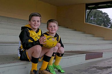 Mitchell And Riley Campbell (5)  TBW Newsgroup