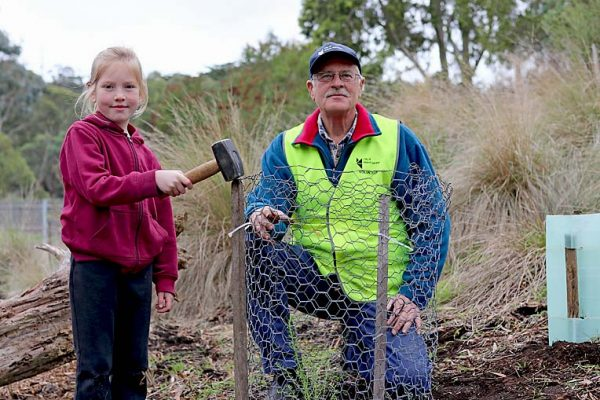 Zoe And Greg National Enviro Day TBW Newsgroup