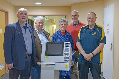 Rotary Hospital Donation  TBW Newsgroup