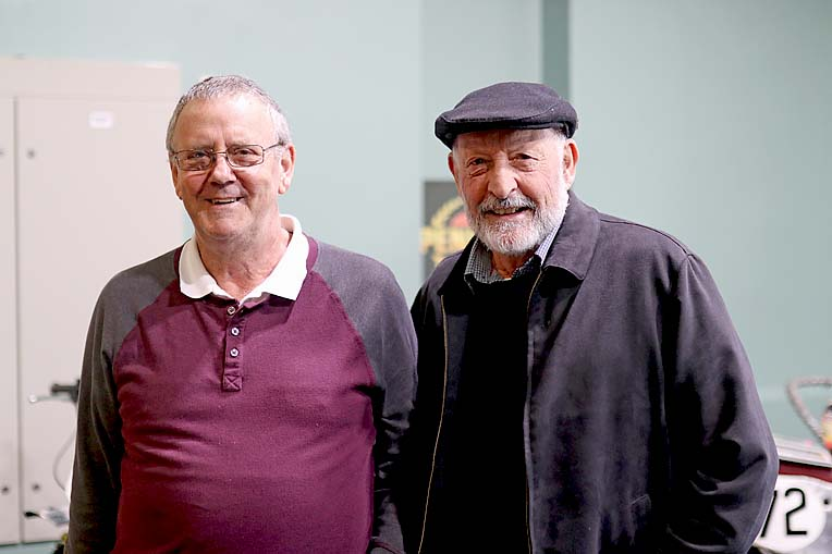 6 Clem Hutchesson And David Carlyle  TBW Newsgroup