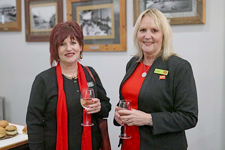 Sue Wilson And Leanne Stafford  TBW Newsgroup