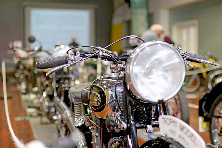 Vintage Bike Show 3  TBW Newsgroup