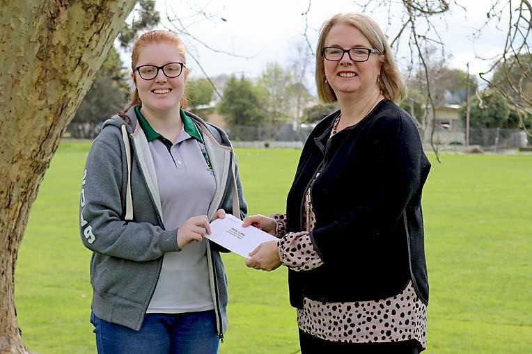 Grant High School Student Abby Little & Councillor Megan Dukalskis (1)  TBW Newsgroup