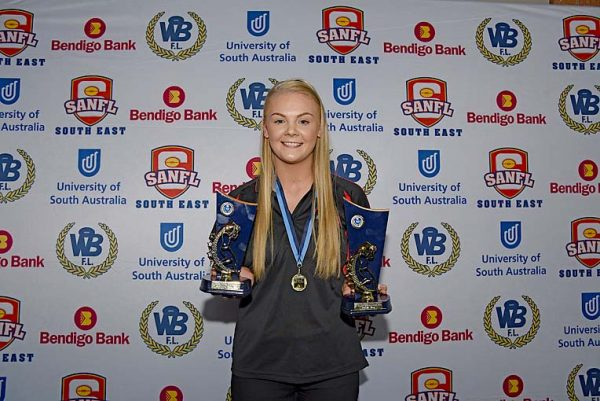 A Grade Best And Fairest And Best Under 21 Player Tenille Gray Dsc 4525 TBW Newsgroup