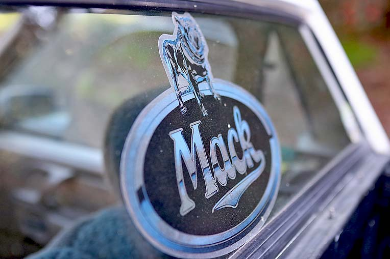 Mini Mack Ford (13)  TBW Newsgroup