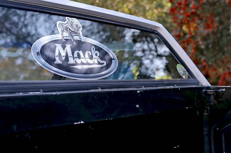 Mini Mack Ford (14)  TBW Newsgroup