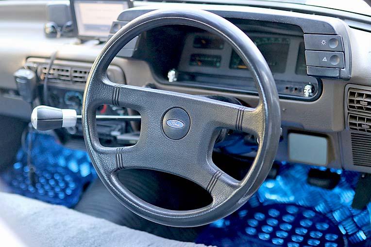 Mini Mack Ford (18)  TBW Newsgroup
