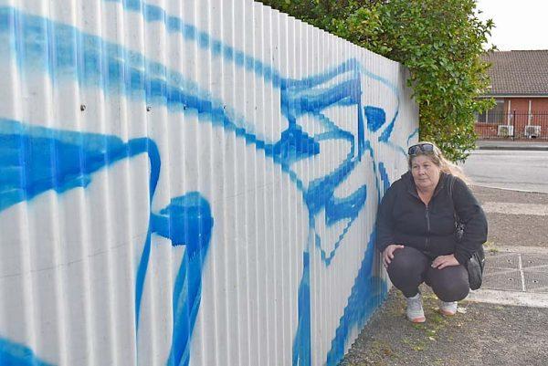 Graffiti (1)  TBW Newsgroup