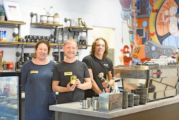 Hannah, Mark, Leon TBW Newsgroup
