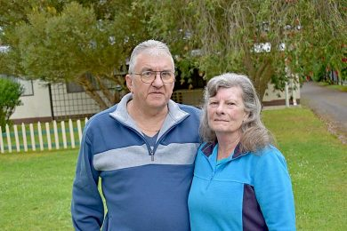 Lynton And Lorraine Bond   TBW Newsgroup