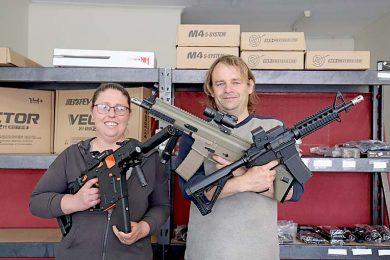 Nicole Manser And Craig Davies (1)  TBW Newsgroup