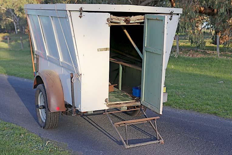 Old Caravan Dave (10)  TBW Newsgroup