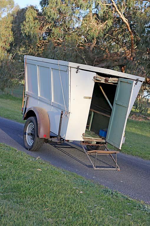 Old Caravan Dave (11)  TBW Newsgroup