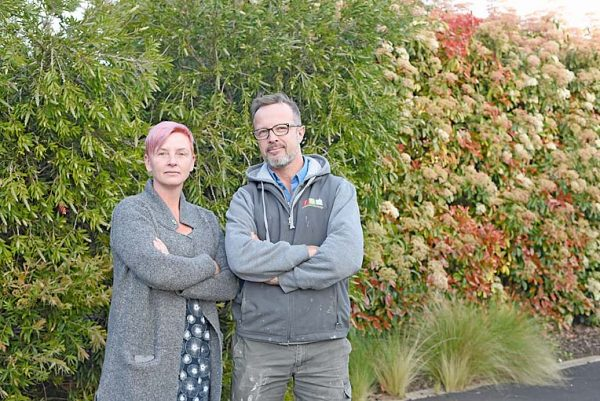 Cate Cooper N Angus Ralton (2) TBW Newsgroup