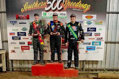 Kirby Hillyer, Travis Millar, Mitchell Broome Podiumweb TBW Newsgroup