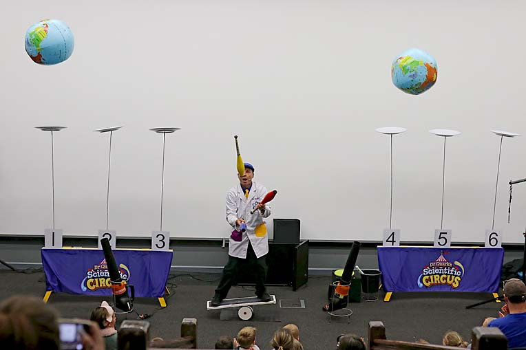 Dr Quarks Science Show  TBW Newsgroup