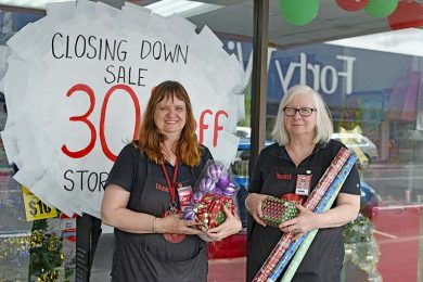 Joanne Johansen And Yvonne Hateley  TBW Newsgroup