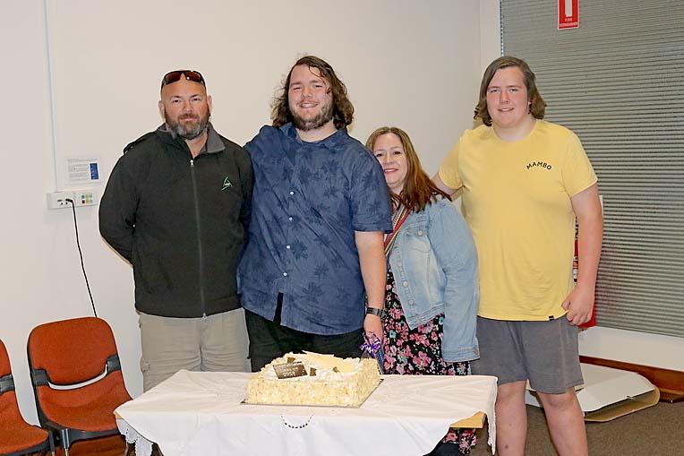 Ilc Braedon Cutting The Cake  TBW Newsgroup