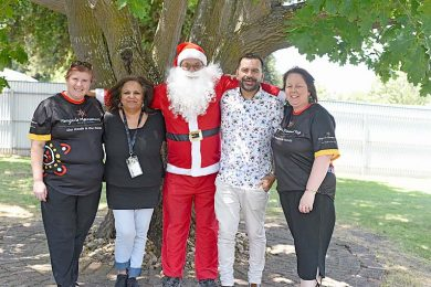 Kelly Anderson, Cheryl Sanders, Santa, Andrew Bwsmith And Lisa Murrell  TBW Newsgroup
