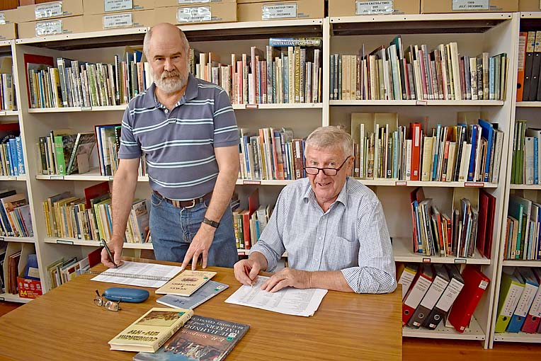 John Nicholson And David Hood   TBW Newsgroup