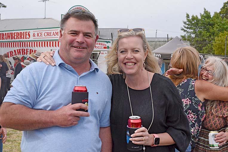 Craig Williamson And Jane Edwards  TBW Newsgroup