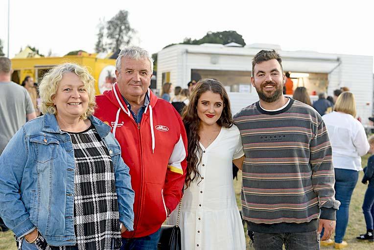Judy, Wayne And Jade Marshall, Ryan Fakhri  TBW Newsgroup