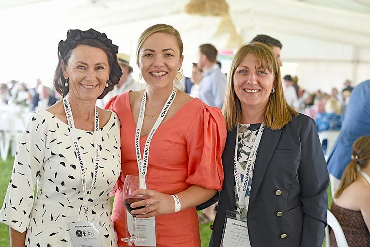 Vicki Scullion, Katherine And Mandy Uebergang  TBW Newsgroup