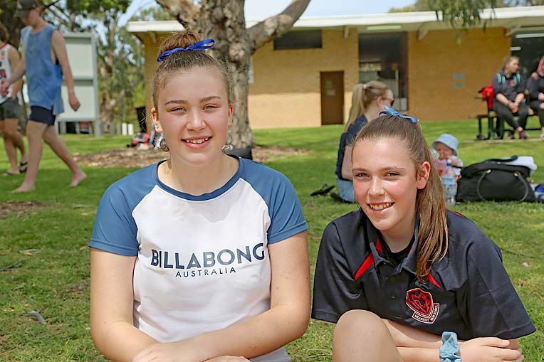 Indi Howell And Imogen Nowak  TBW Newsgroup