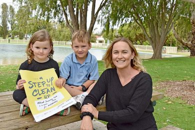 Jo Hughes And Family  TBW Newsgroup
