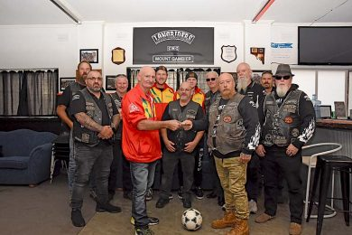 Longriders Motorcyclists Donation Dsc 4754  TBW Newsgroup