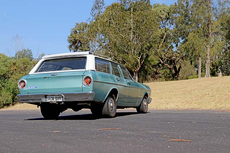 Maddy Potter 1966 Xr Ford (15)  TBW Newsgroup
