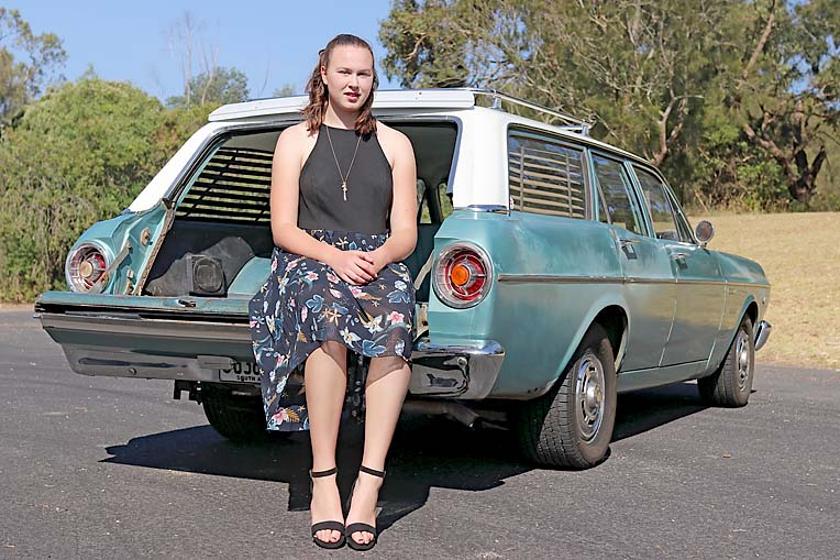 Maddy Potter 1966 Xr Ford (18)  TBW Newsgroup