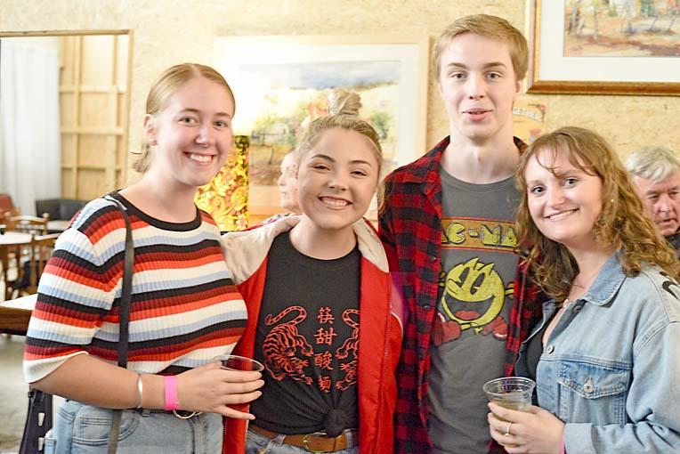 Steph Kiaassens, Rachael Hamilton, Ryan Larsen And Ella Davies  TBW Newsgroup