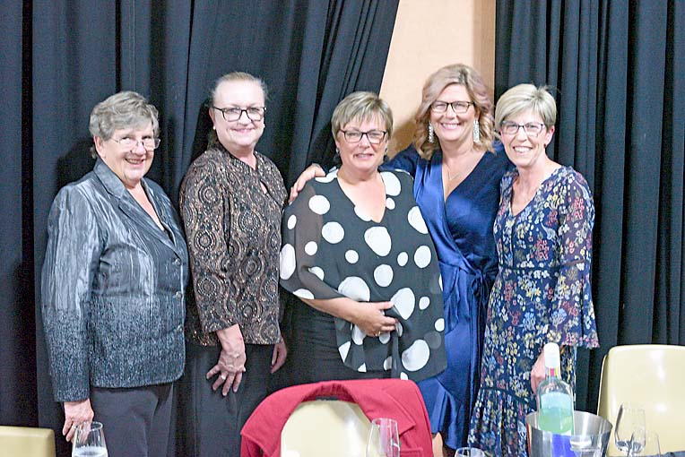 Winsley Wighton, Margaret Bekll,, Ann Maree Eason, Melinda Moore, Vicki Mcdonald Burgess  TBW Newsgroup