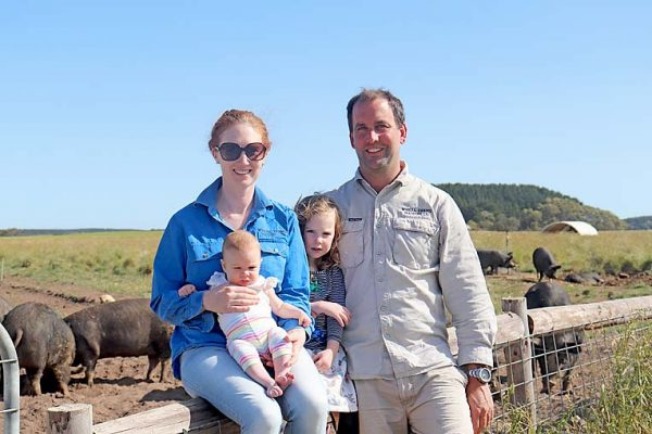 Kate Wheal, Willow Wheal, Lily Wheal And Mark Wheal (5) TBW Newsgroup