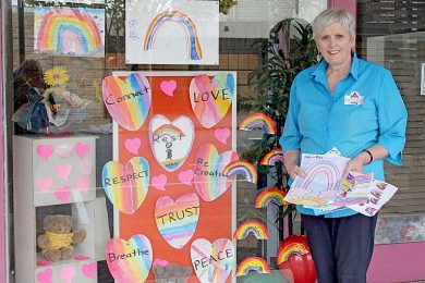 Marg Chapple Three Rainbow  TBW Newsgroup