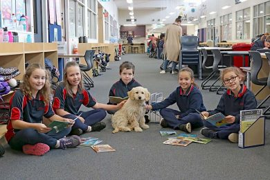 Mulga Street Students With Nova  TBW Newsgroup