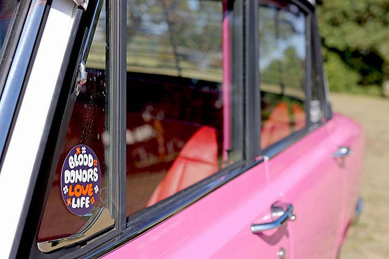 Pink Toyota Corona Dave Rawnsley (11)  TBW Newsgroup