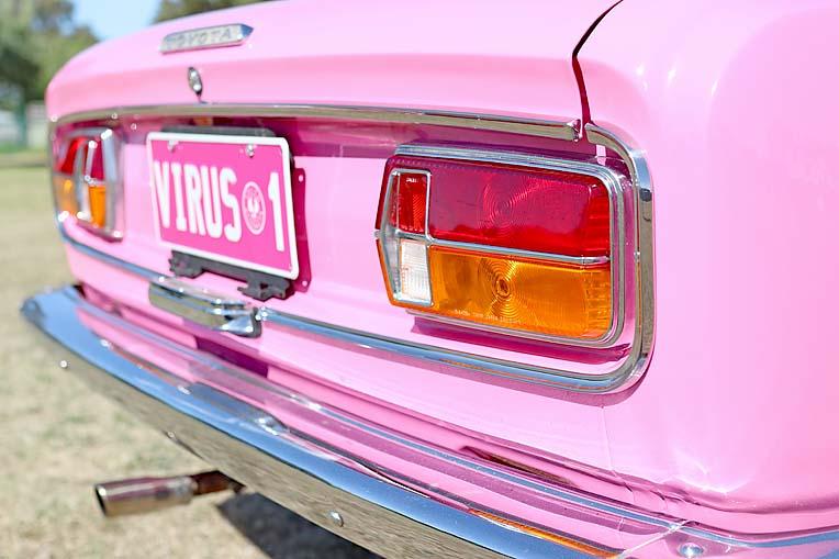 Pink Toyota Corona Dave Rawnsley (19)  TBW Newsgroup