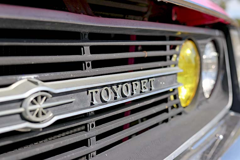 Pink Toyota Corona Dave Rawnsley (8)  TBW Newsgroup