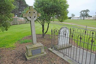 Geltwood Graves One   TBW Newsgroup